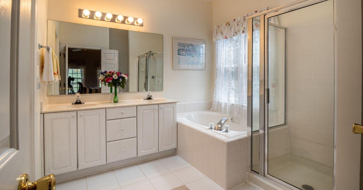 Ensuite bathroom renovations brisbane