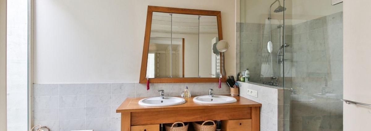 Small bathroom renovations Brisbane